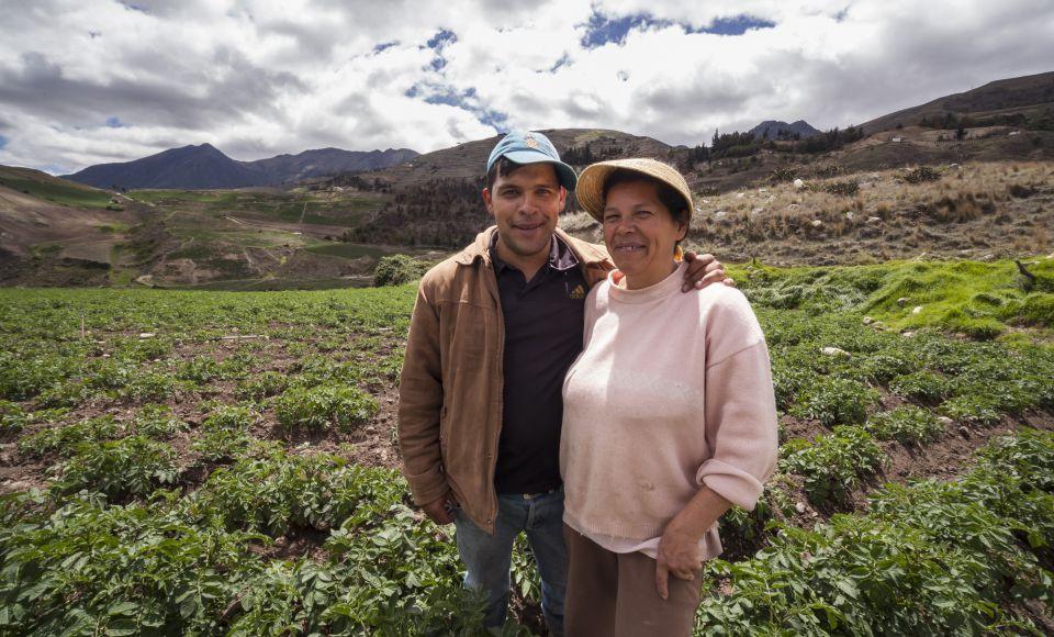 Proinpa, con autogestión y economía solidaria, hace del cultivo de semillas una forma de trabajo liberador.