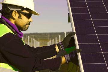 La Cooperativa Som Energia, con autogestión y economía solidaria, hace del cultivo una forma de trabajo liberador.